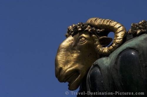 Golden Aries Vienna