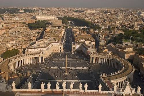 St Peters Square Vatican Rome